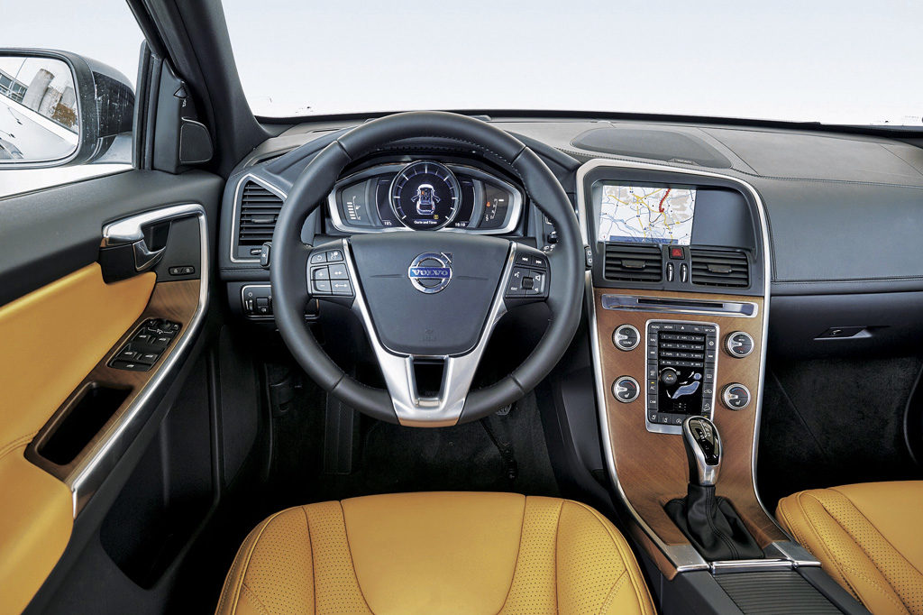 Volvo_XC60 iç mekan