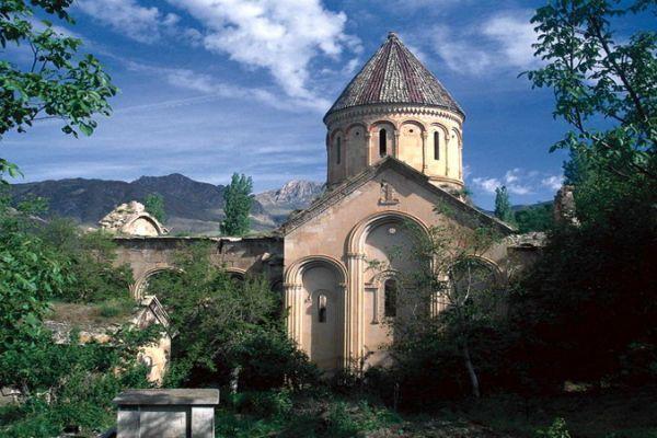 İşhan Manastır Kilisesi